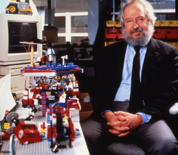 Seymour Papert: costruzionismo e pensiero computazionale